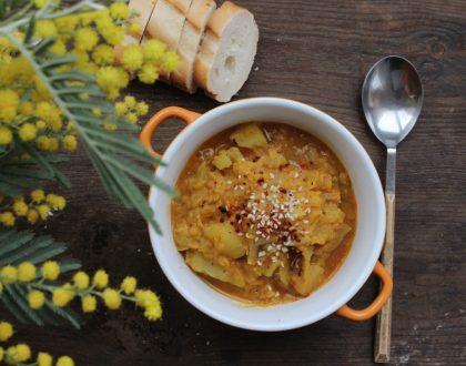 Curry de lentejas rojas vegano